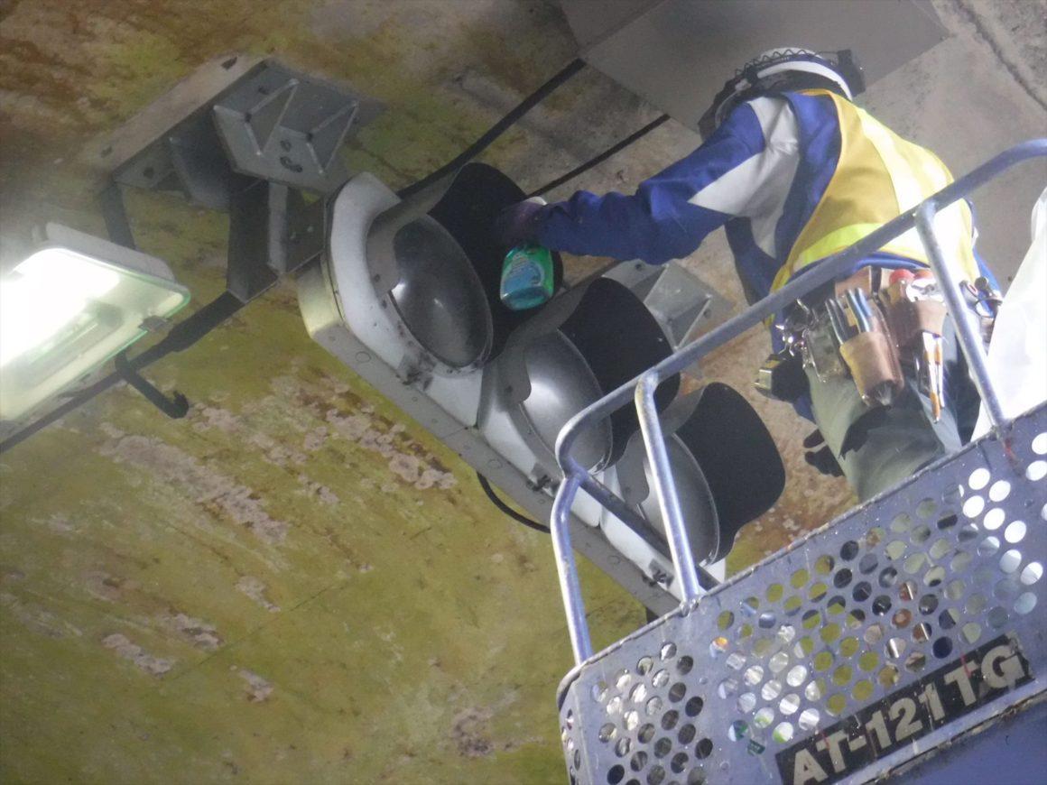 国道306号トンネル設備点検業務 画像03
