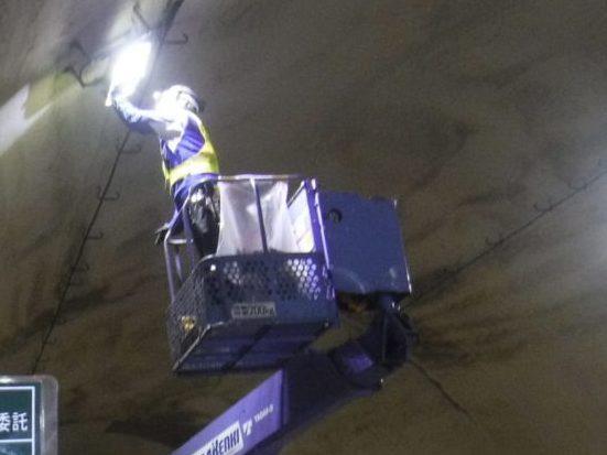 国道306号トンネル設備点検業務 画像04